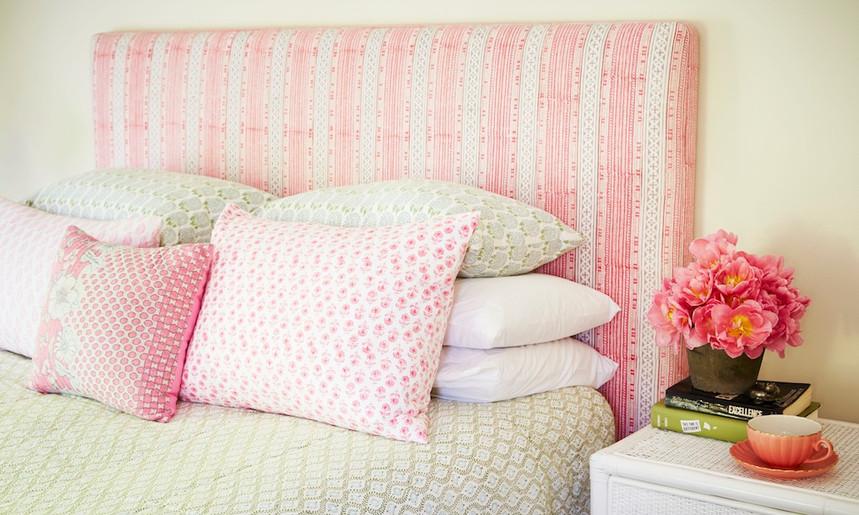 Bedhead in bedroom.jpg