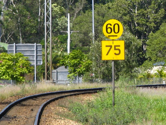 Rail unions petition FRA for uniform speed signs