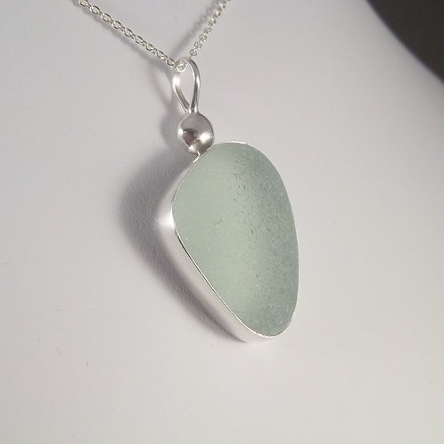 Sea Foam/Soft Green Pendant