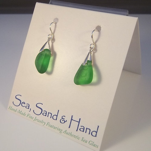 Kelly Green Earrings (Short Wires)