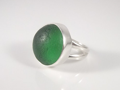 'Newport Green' Ring - Size 8