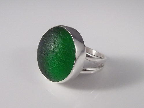'Mean Green' Ring - Size 8