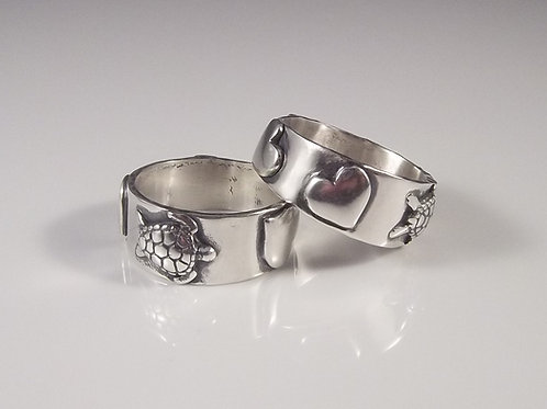 'Turtle Love' Silver Ring (Puffed Heart)