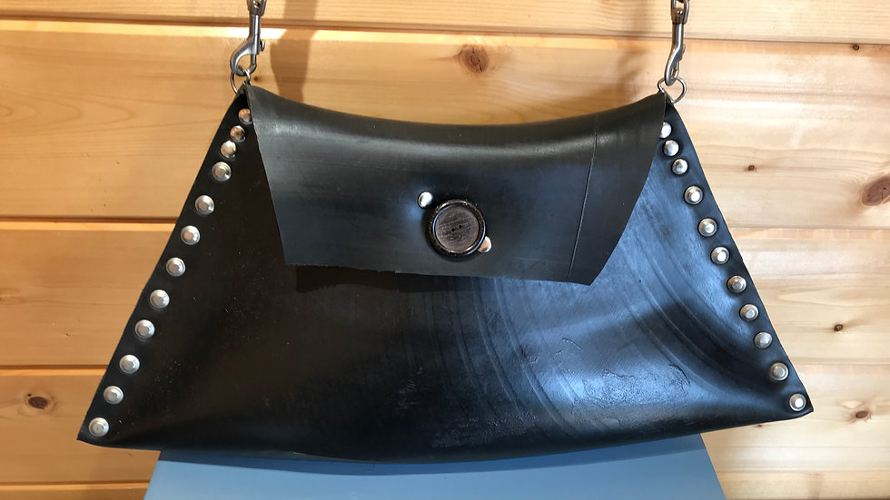 STACEY : Small Lorry Tyre Inner Tube Shoulder Bag