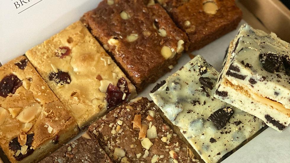 6 pers. Taartbox 25 stuks:  Karamel brownie, Oreo fudge, Brownie & Blondie