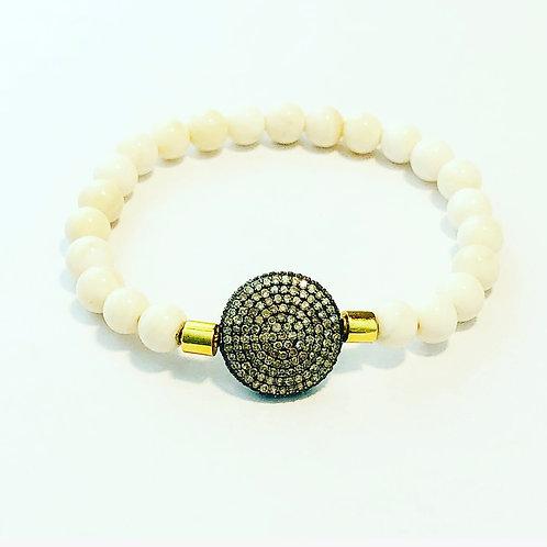 Diamonds, 18k and shell bracelet