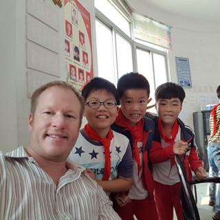 Selfy with kids A.jpg