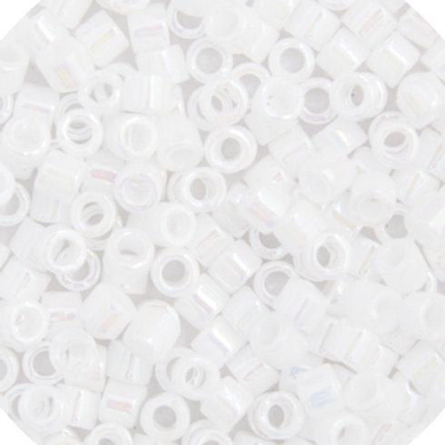 0202 DBS 15/0 RD White Pearl OP. AB, 3 vials