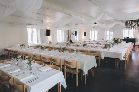 Uppdukat för middag i Segelsalen på Skeppsholmen