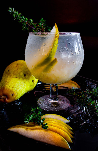 Pear Thyme Drank-4.jpg