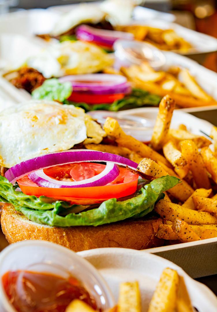 FH togo burger 2.jpg