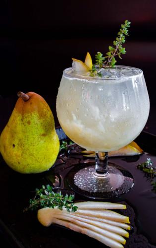 Pear Thyme Drank-2.jpg