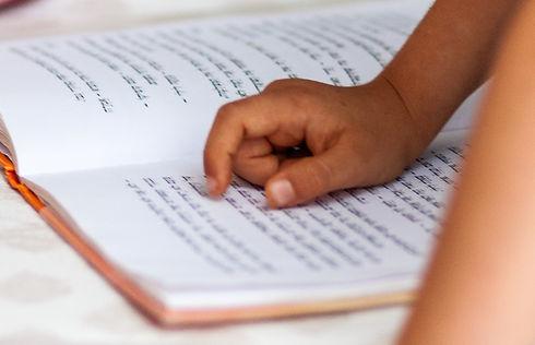 Reading%2520a%2520book_edited_edited.jpg