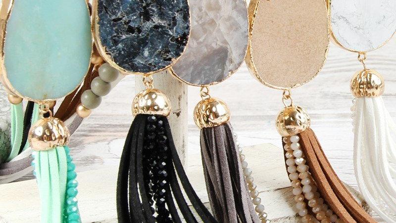 Hdn2755 - Natural Stone Tassel Pendant Necklace