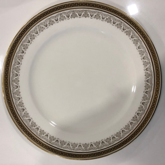 Royal Caldron China Dinner Plates