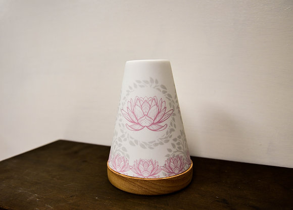 Lotus flower candle holder