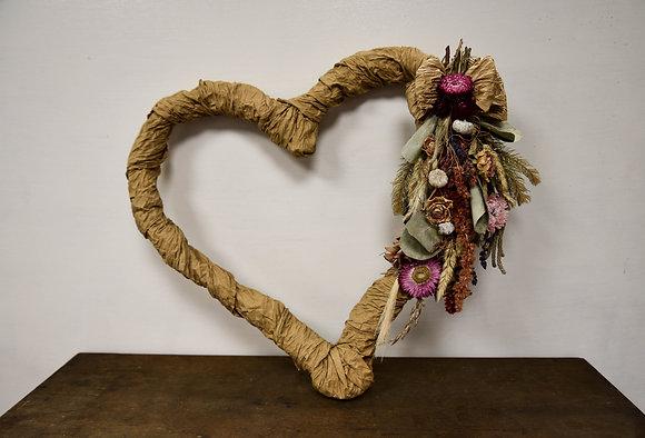 Paper wrap Heart dried flower