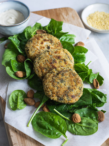Millet, spinach and almond Vegan Burger