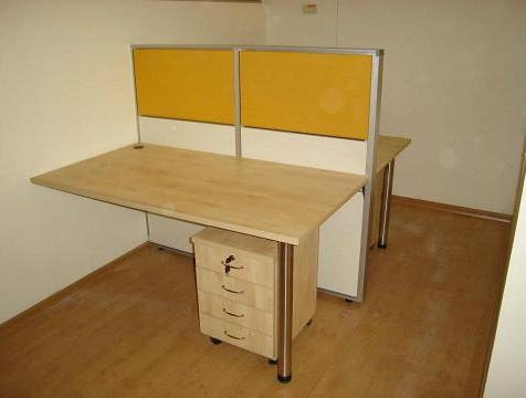 שולחן דלפק הפרדה.jpg