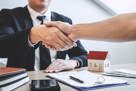 finishing-successful-deal-real-estate-br