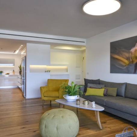 גבוה מעל כולן – שיפוץ דירה בהוד השרון