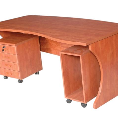 שולחןמשרדי+עגלת מגירות+מעמד לכונן.jpg