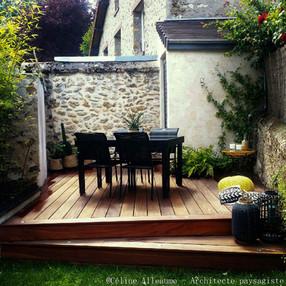 Terrasse dans un petit jardin