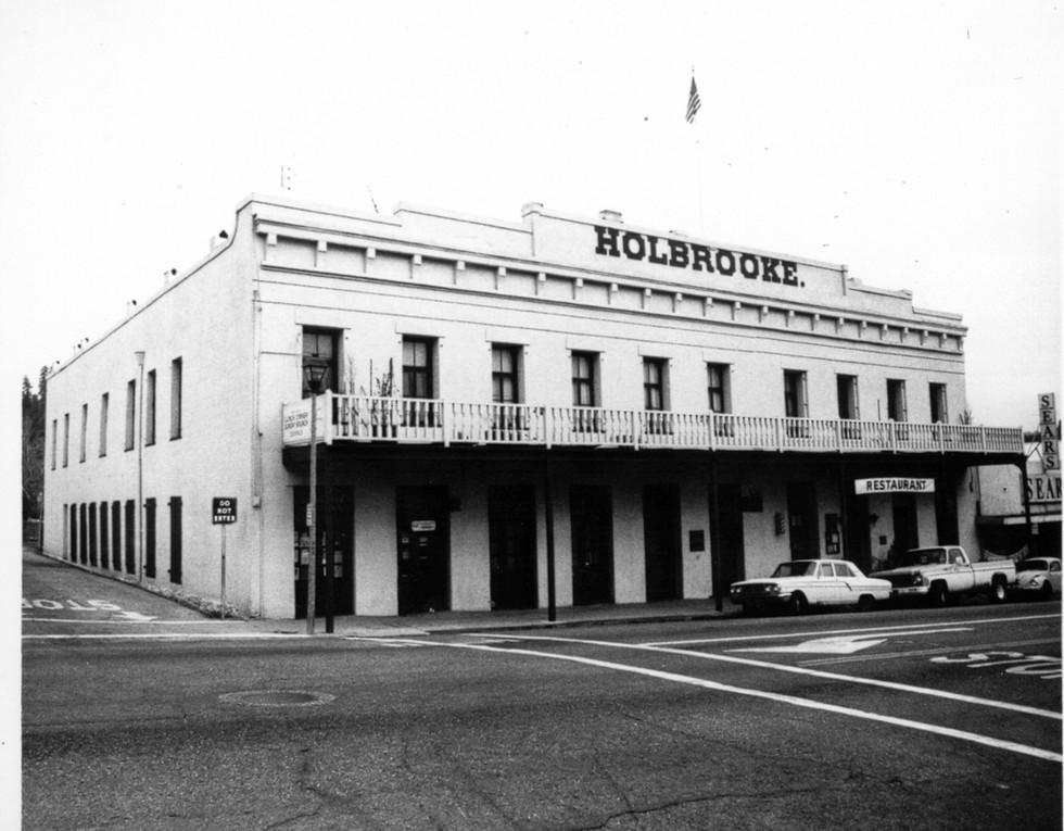 14.Holbrooke Hotel 1965.JPG