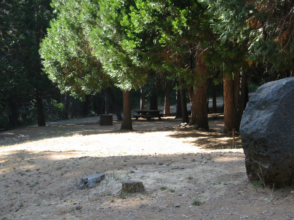 16.Clampicnic area in No. Bloomfield.jpg
