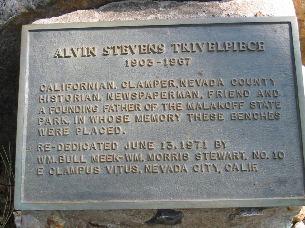 25.Trivelpiece plaque at Malakoff.jpg