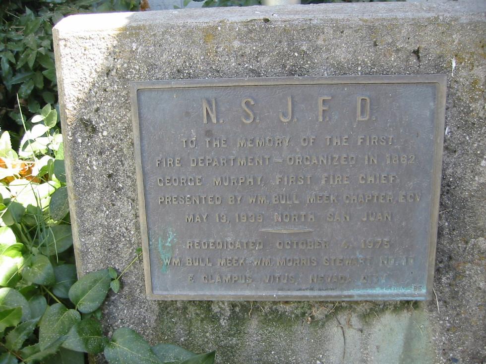 34.N. San Juan Firehouse plaque.jpg