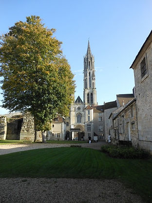 Chantilly to Senlis Bike Tour