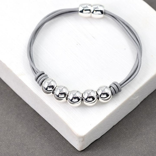 5 Solid Ball Bracelet With Magnetic Clasp