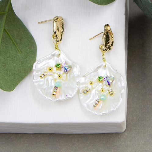 Special Faux Shell Treasure Earrings With Organic Post