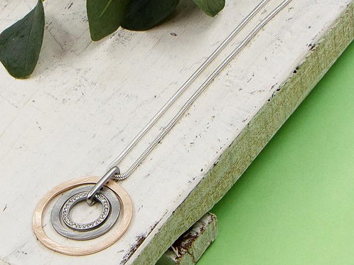 Triple Textured Ring Pendant Short Necklace