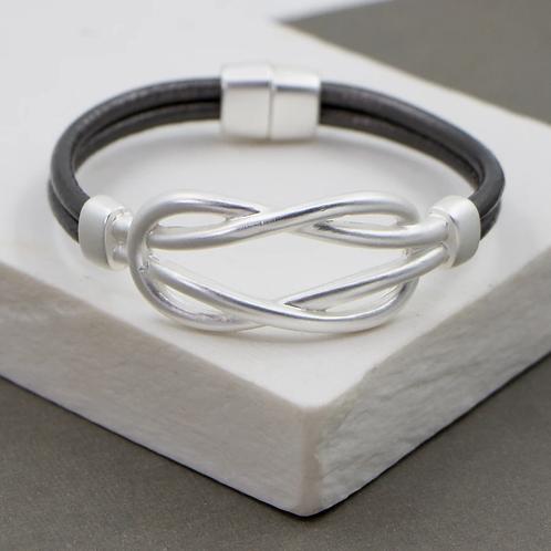 Solid Interlink Double Loop Bracelet