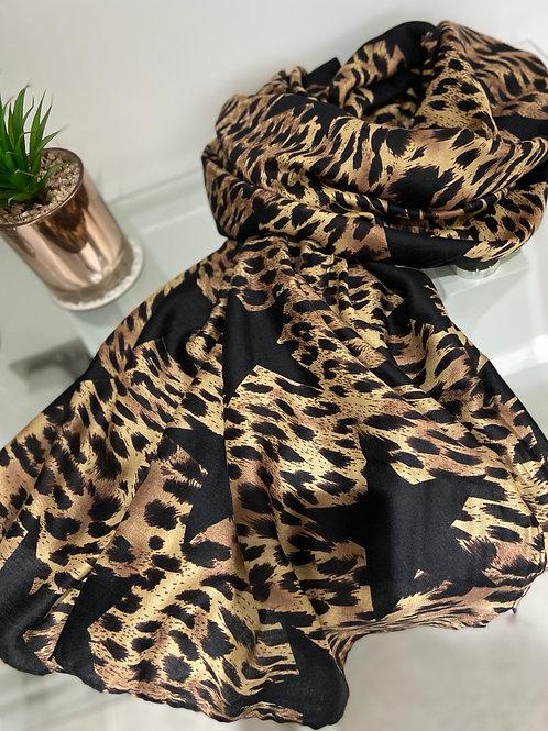 Leopard Star Print Scarf