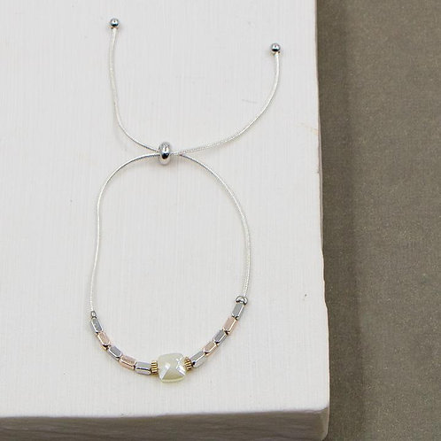 Square Cut Glass Bead Delicate Bracelet