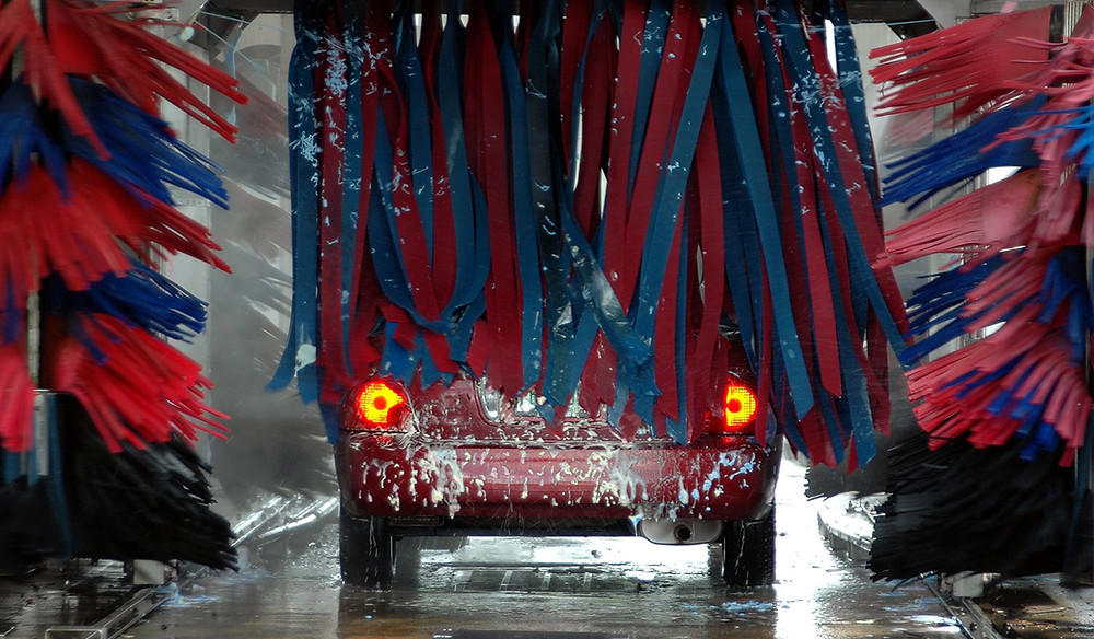 Wash your car the right way!