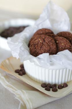 NATURELL Chocolate Oat Cookies