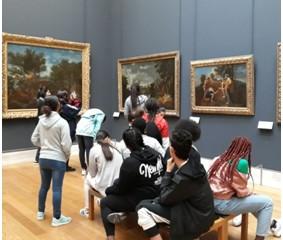 Le musée du Louvre pour les élèves de l'enseignement «Patrimoine»