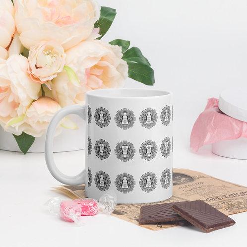 Queen Medallion Mug