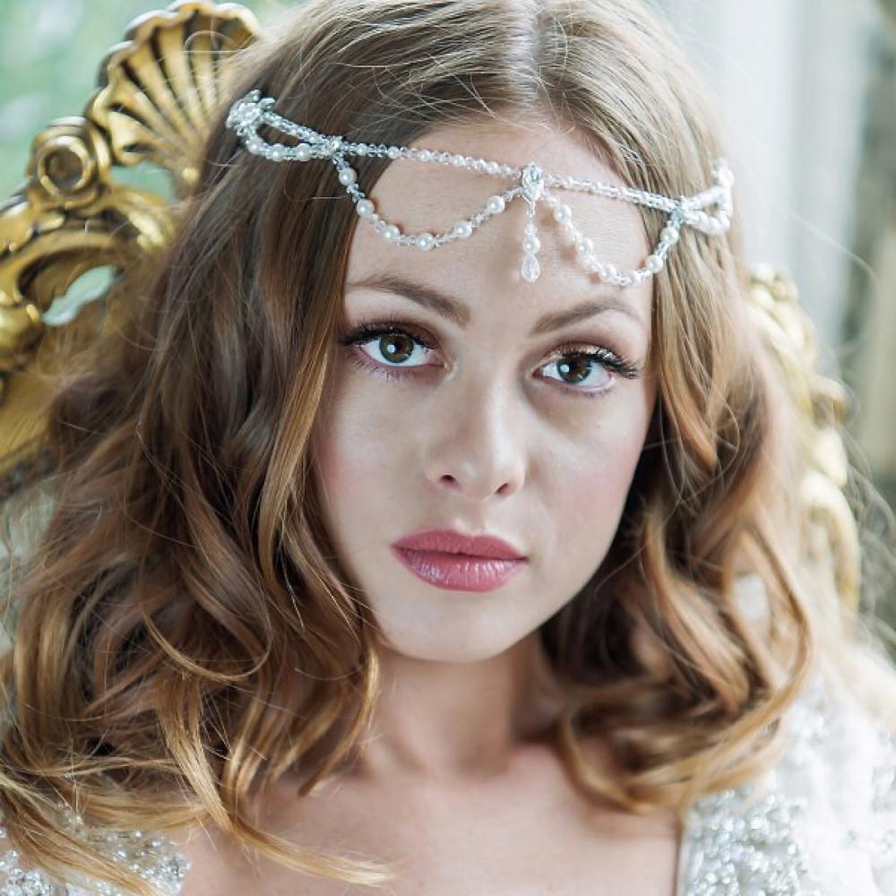 The pearl drape by Arianna Tiaras