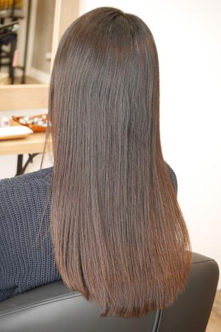 表面のピンピンした髪の毛がなくなるだけでとっても綺麗になるんです♪