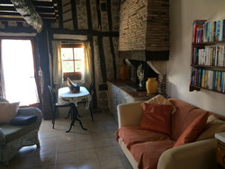 Arch lounge