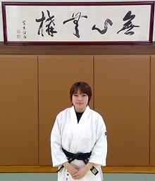 石田咲子.jpg