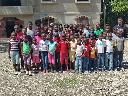 Diese elternlose Kinder aus Haiti brauchen Paten, Patenschaften