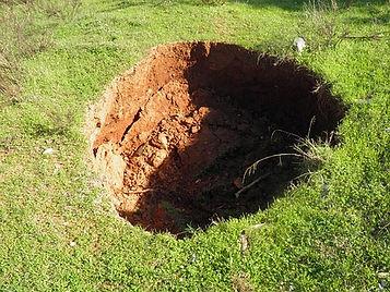 cavités effondrement affaissement mine puits karst