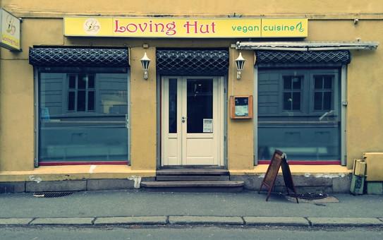 Artikkel 02 Loving Hut.JPG