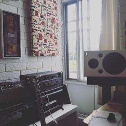 Studio Glam-shot